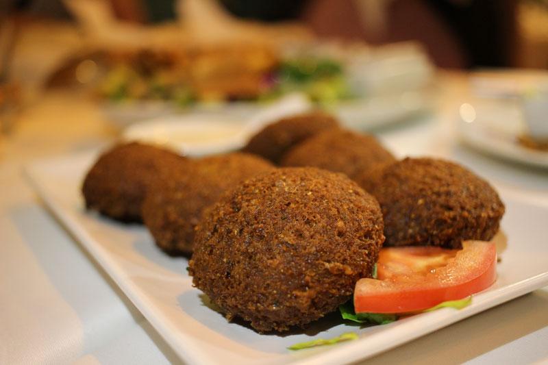 falafel en restaurante libanés Fairuz
