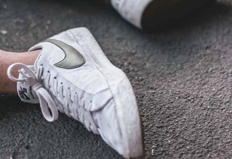 Zapatillas de mujer blancas bonitas