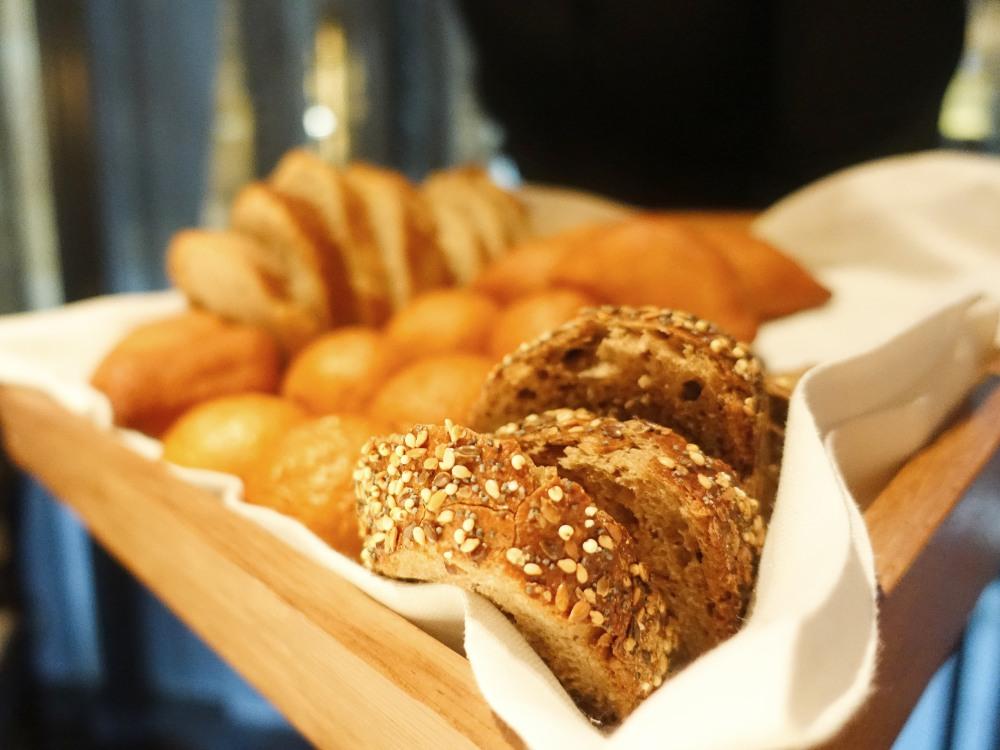 El pan del nuevo menú del restaurante Cebo