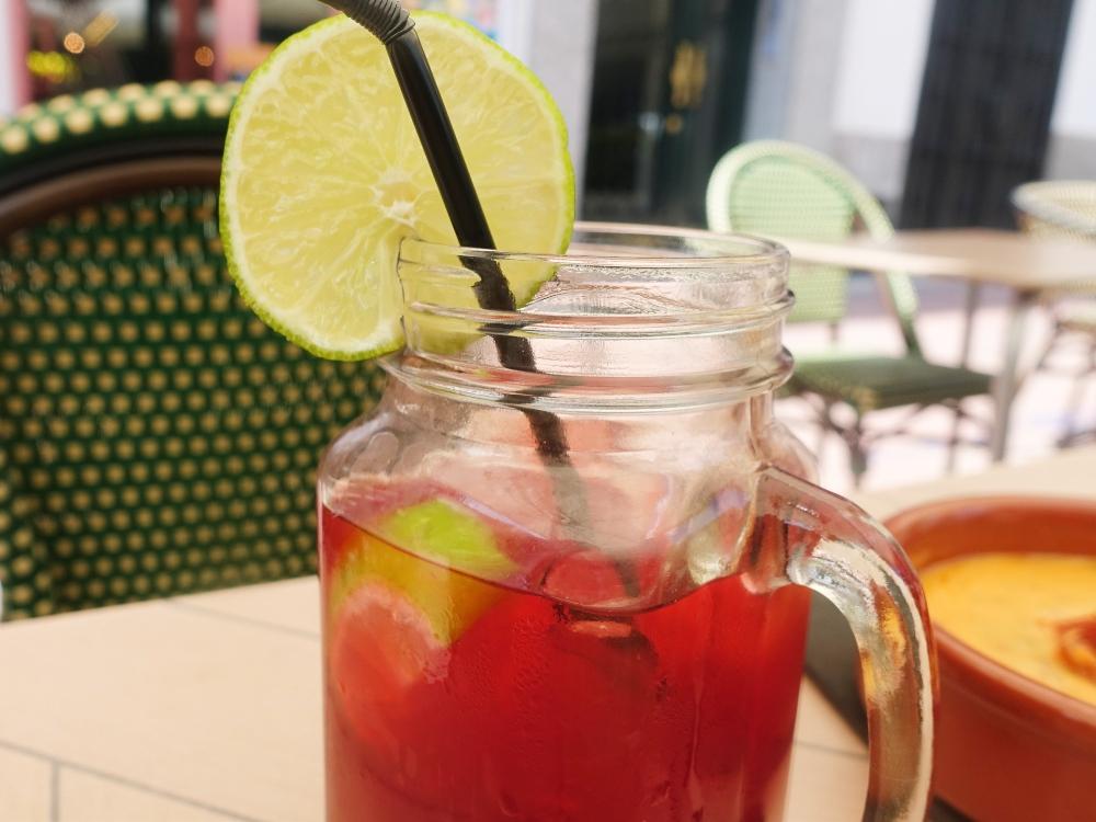bebidas en el restaurante SandOlá