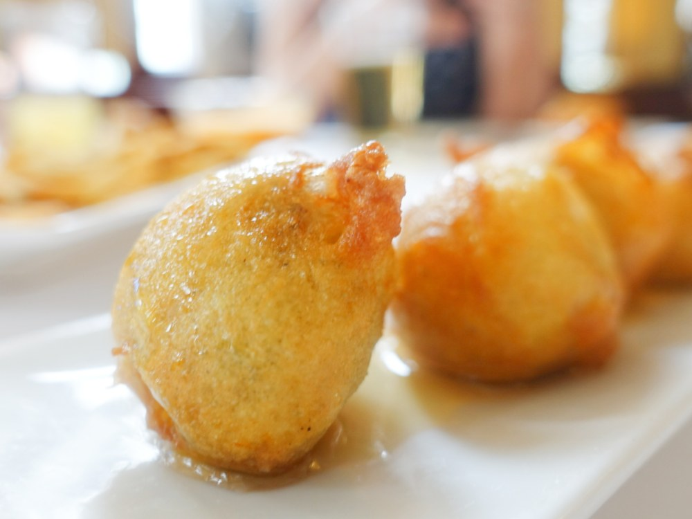 Bocaditos de morcilla del restaurante La Cañada en Boadilla del Monte