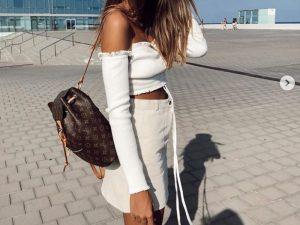 Cómo combinar una mochila con tu outfit como una blogger