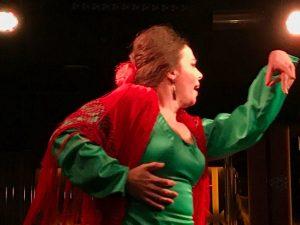 Bailaora en las Noches de flamenco en Larios Café