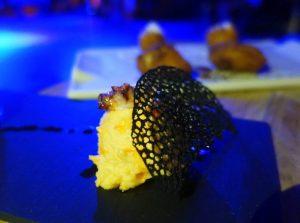Croquetas y picoteo en las Noches de flamenco en Larios Café