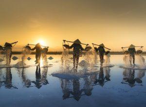 Los mejores destinos para irte de luna de miel, como a Vietnam