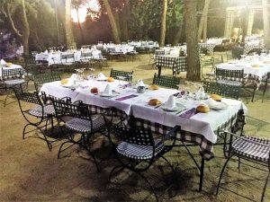 El jardín del restaurante Tejas Verdes en Madrid