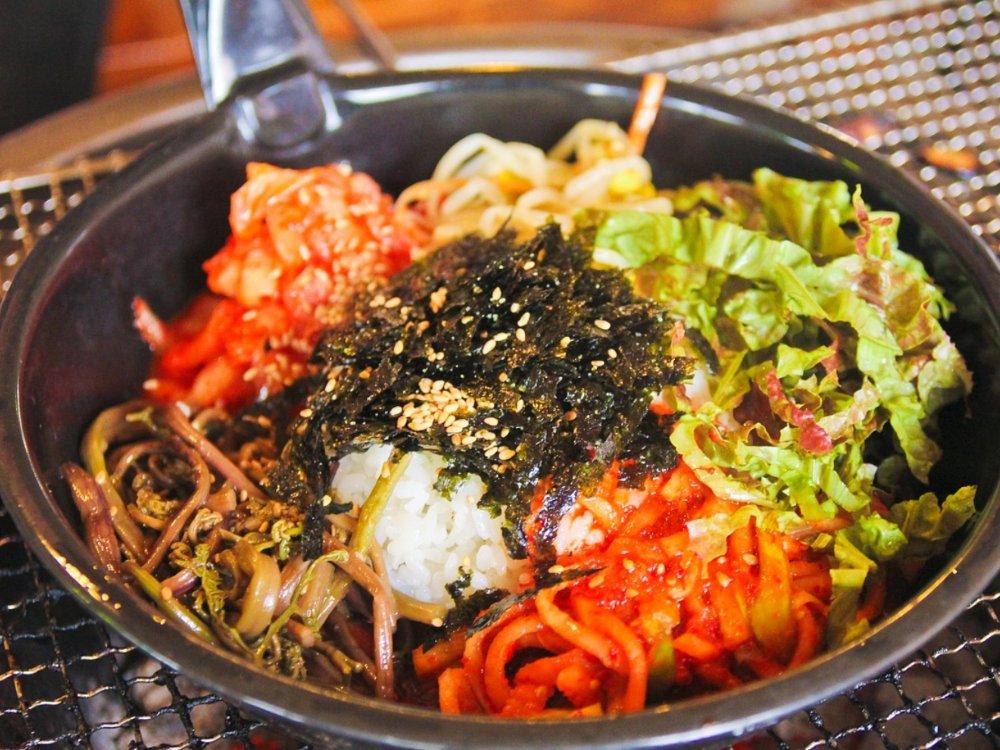 Platos coreanos que debes probar, bibimbap