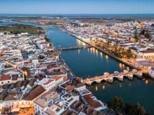 Viajar por la costa portuguesa, Tavira