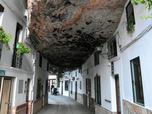 Setenil Cádiz, uno de los lugares rurales con encanto en España